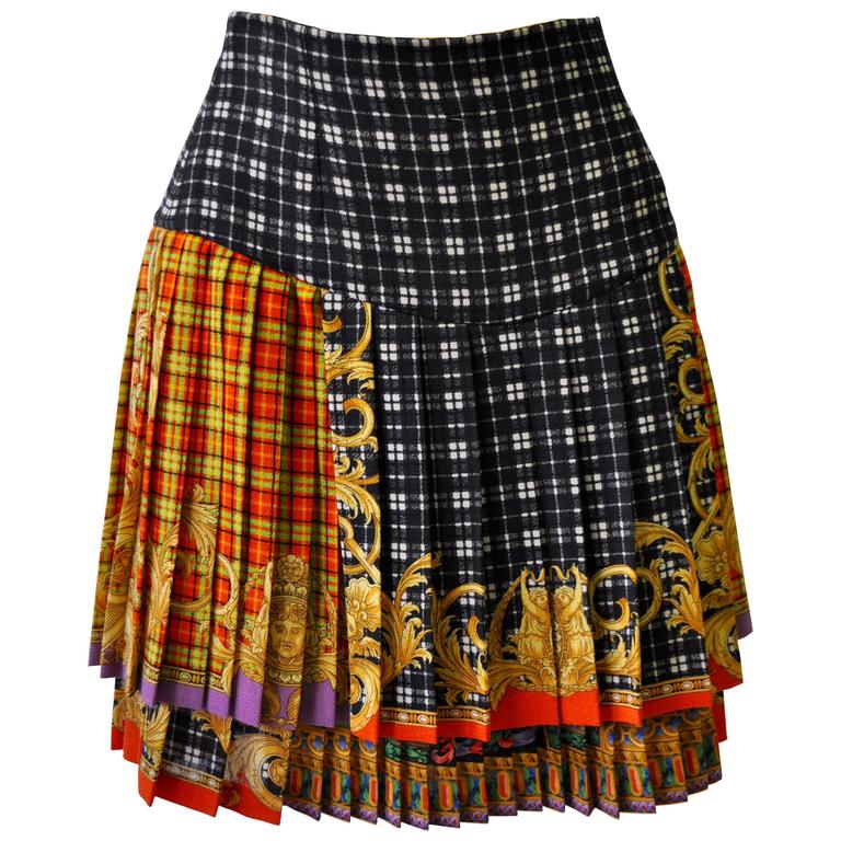 Gianni Versace Couture Tartan Pleated Bondage Collection Skirt  For Sale