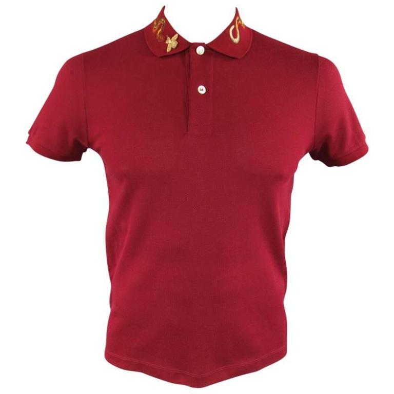 ed22cc808cfb GUCCI Size S Burgundy Red Snake Appique Collar POLO at 1stdibs