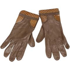 1970s Christian Dior Vintage Taupe Kidskin Leather Gloves with Silk Lining