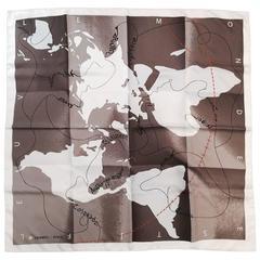 New Hermes Le Monde est une Fleuve Silk Twill Carre by Bali Barret