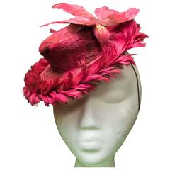 1940s Fuchsia Feathered Toy Hat