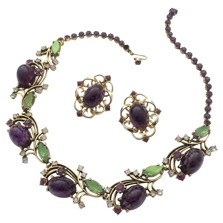Elegant necklace, with matching earrings by Elsa Schiaparelli, 1950s 1