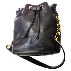 Vintage CHANEL black lamb leather hobo bucket shoulder bag with drawstrings