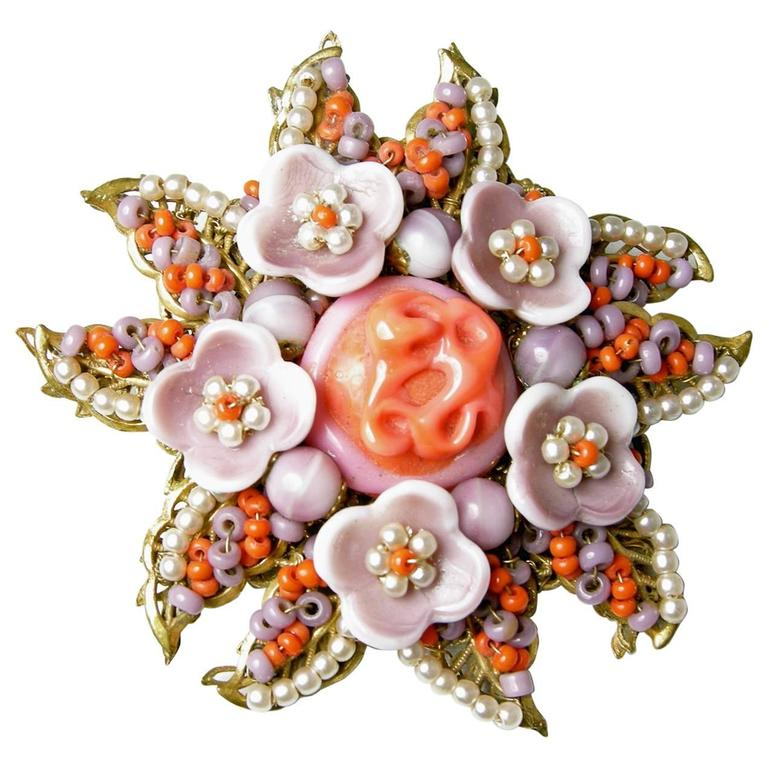 Vintage 1940s Signed Miriam Haskell Coral Glass & Faux Pearl Floral Pin For Sale