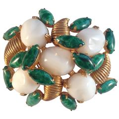 Mimi di N 1960s Green and White Brooch