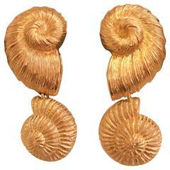 Christian Dior 1990s Gold Tone Sea Shell Earrings Clip Back