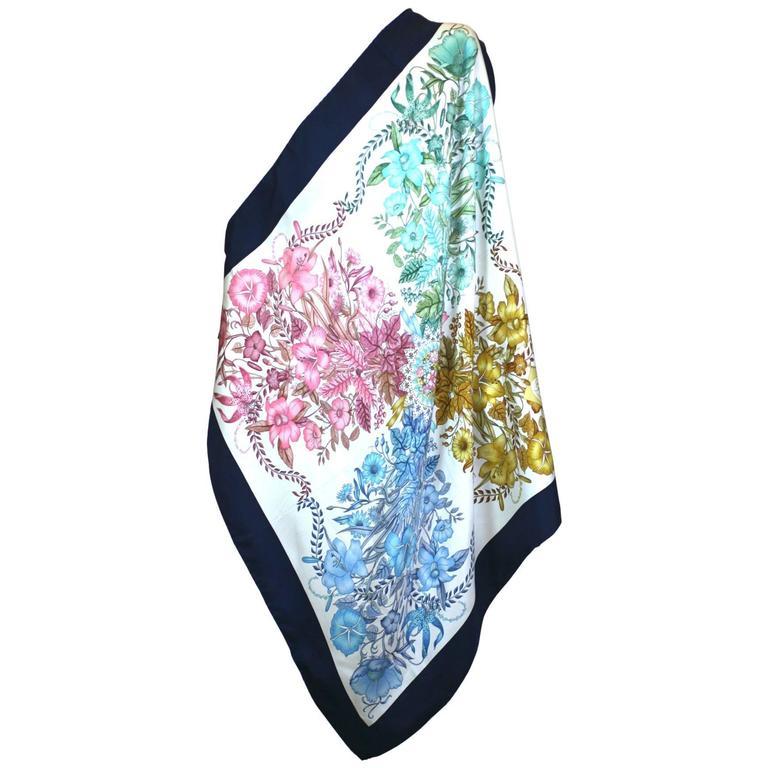 Gucci Floral Bouquet Scarf For Sale