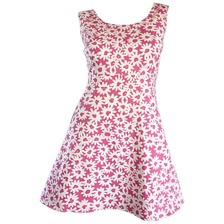 Adorable 1990s Jill Stuart Pink + White Daisy Print A - Line 90s Babydoll Dress  For Sale