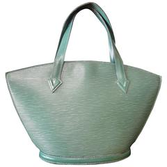 Vintage Louis Vuitton green epi tote bag in V shaped triangle. Perfect vintage