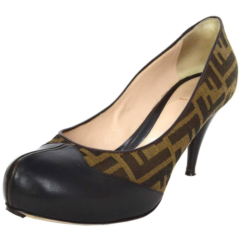 Fendi Zucca Print Canvas And Leather Pumps Sz 40 For Sale