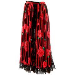 Oscar de la Renta Bold Red Floral Print Silk + Black Lace Skirt 1980s Size 6