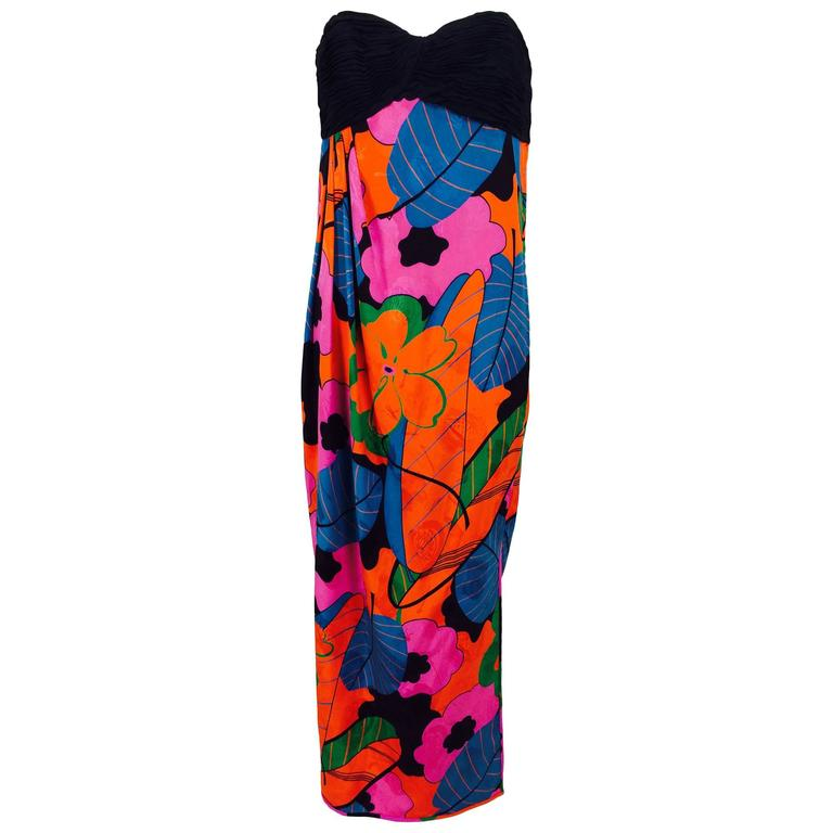Emanuel Ungaro Parallele hot tropical print strapless maxi dress 1970s For Sale