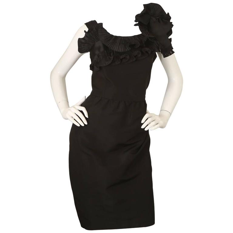 Oscar De La Renta Black Cocktail Dress W/ Ruffles