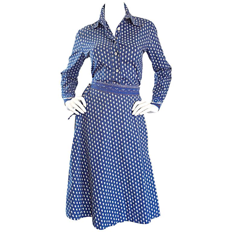 1970s La Provence De Pierre Deux Blue Printed Vintage Wrap Skirt and Blouse Set For Sale