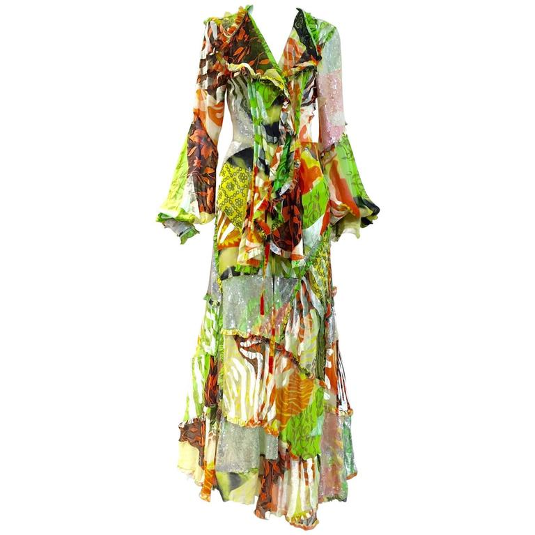 Spring  2002 Gianfranco Ferre Runway Green Silk Print Bohemian ensemble