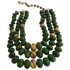 1950s CASTLECLIFF Faux Jade 3 strand Bakelite and Goldtone Knot Bead Necklace