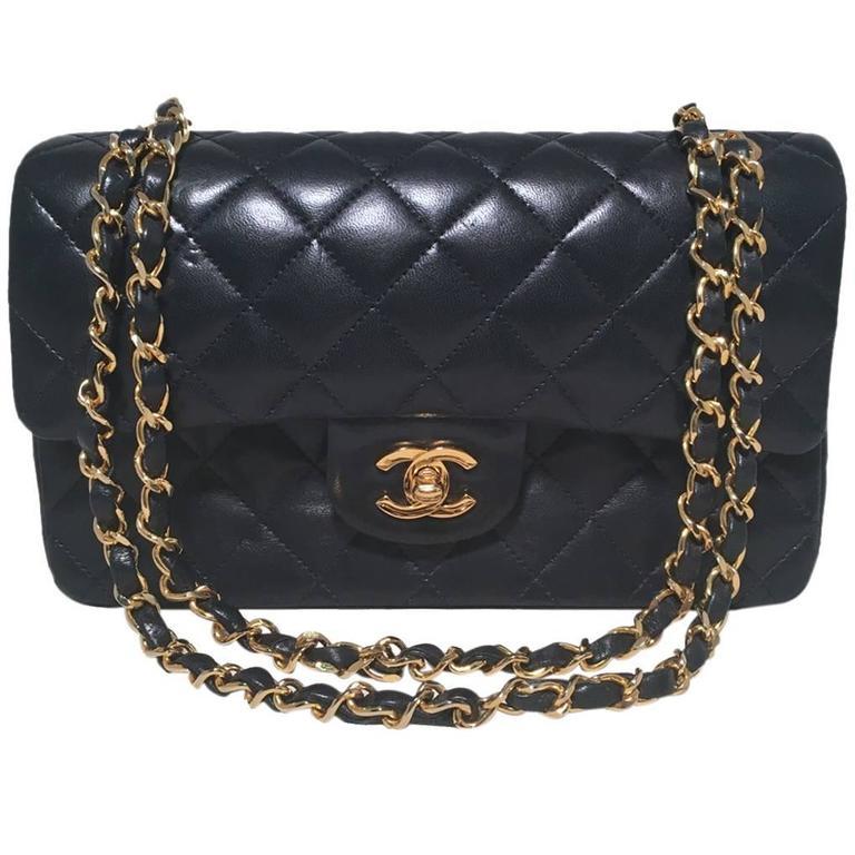 d01442fec04e Chanel Vintage Navy Blue 9