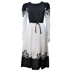 ALBERT NIPON Black and White Cocktail Dress with Floral Applique Size 2-4
