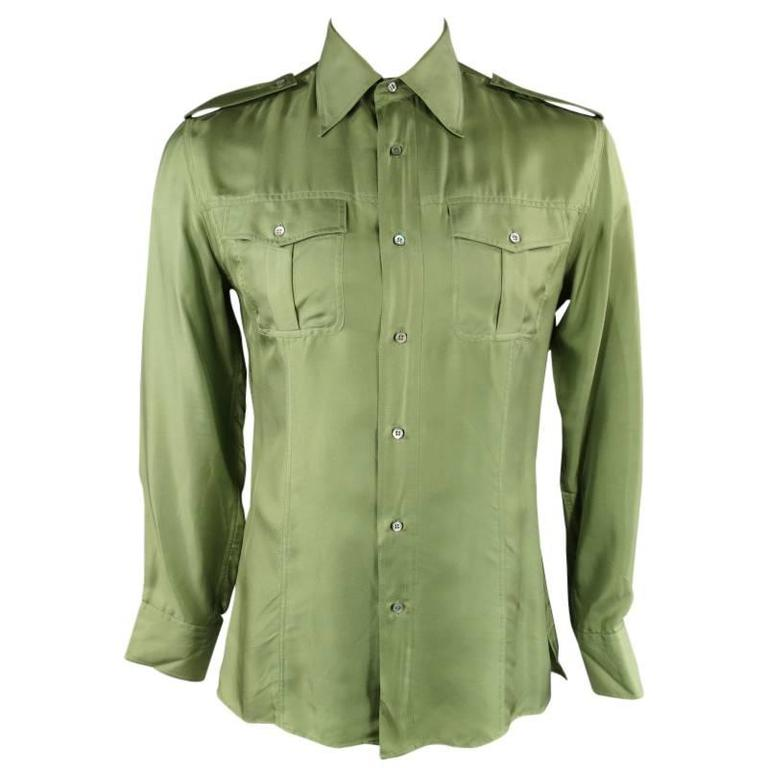 9313f592c7a71 TOM FORD for GUCCI Men s Size L Green Silk Satin Military Epaulet Pockets  Shirt For Sale