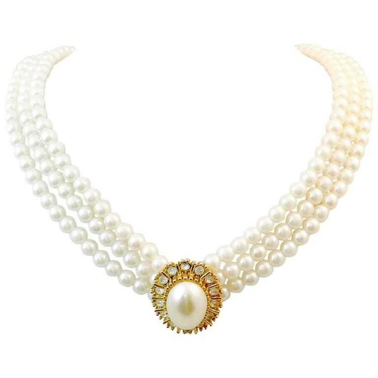 Vintage Chanel Faux Pearl and Crystals Necklace For Sale