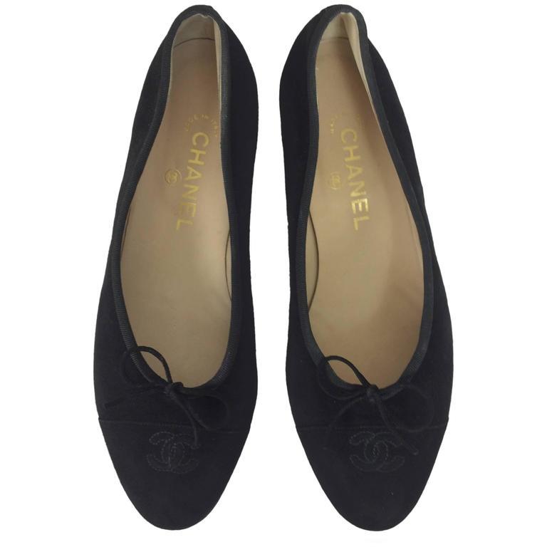 Chanel black suede logo toe ballet flats 40 1/2 M 1