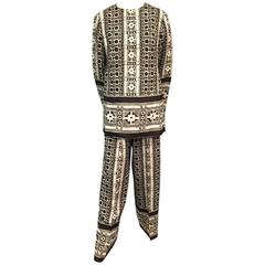 1960s I. Magnin 2-Piece Tunic and Pant Ensemble w/ Brown and White Graphic Print