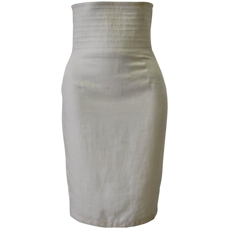 Gianni Versace Biege High Waisted Linen Skirt For Sale