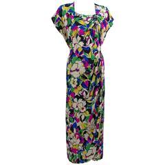 1940s Bright Floral Silk Damask Square Neckline & Ruched Short Sleeve Dress