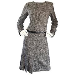 Oscar de la Renta 1990s Size 10 Black and White Tweed Long Sleeve Belted Dress
