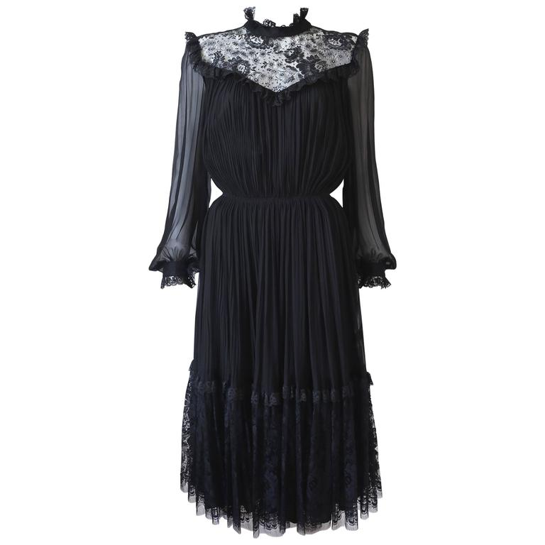 Hardy Amies pleated evening dress with lace, c. 1970s