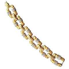 1960s CARLYLE Brutalist Goldtone and Pave Rhinestone Link Bracelet