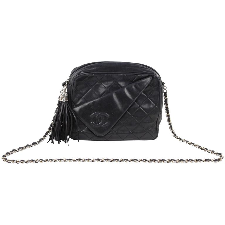 f6604c746741 CHANEL Vintage Black QUILTED Leather CAMERA BAG Fold Detail CROSSBODY Tassel  For Sale