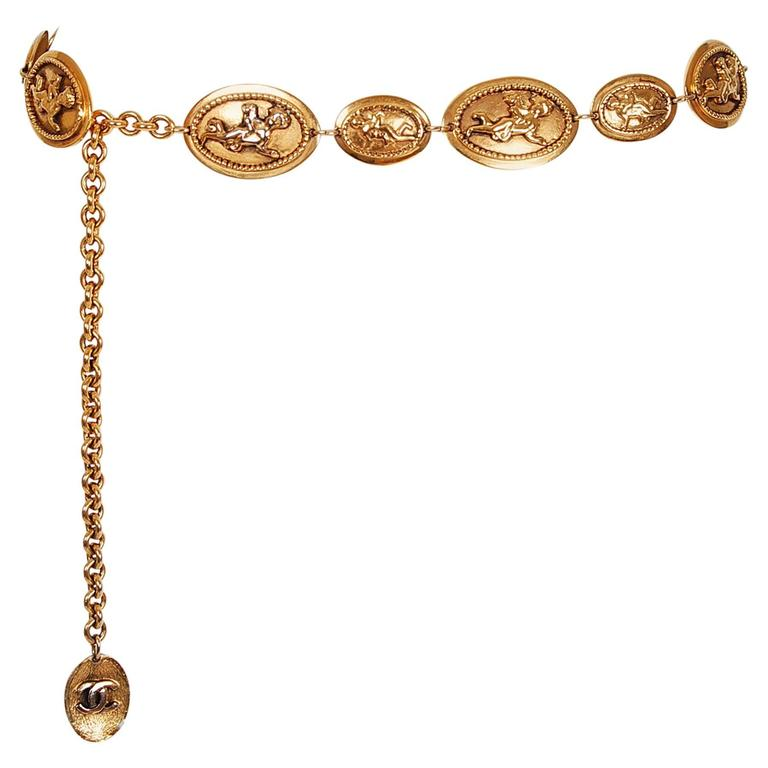 1984 Chanel Rare Cherub Angels Novelty Medallions Gold-Tone Chain Link Belt For Sale