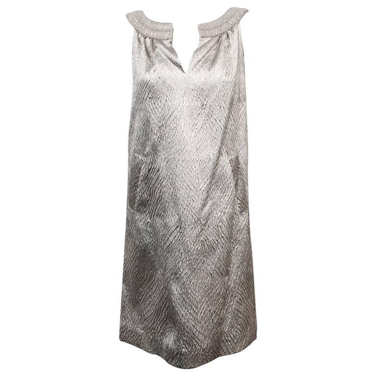 Alluring Alberta Ferretti Silver Metallic Crushed Silk