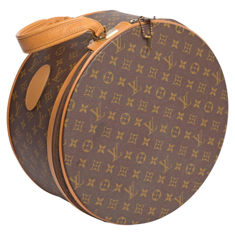 658548c41677 Louis Vuitton Vintage Monogram Boite Chapeaux Hat Box at .