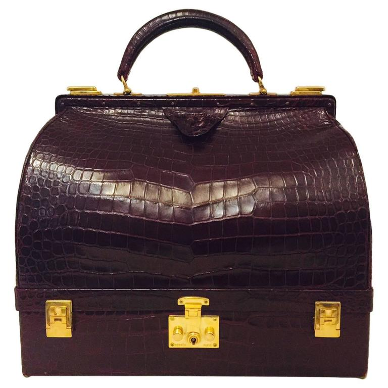 rare vintage hermes 1950s burgundy matte crocodile sac mallette excellent for sale at 1stdibs. Black Bedroom Furniture Sets. Home Design Ideas