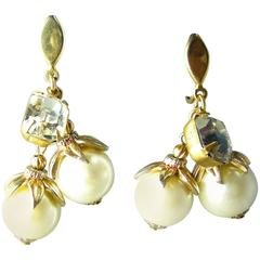 Vintage Signed Trifari Pearl Drop Clip Earrings