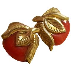 1940s Canadian Goldmetal and Bakelite Earrings CARVED