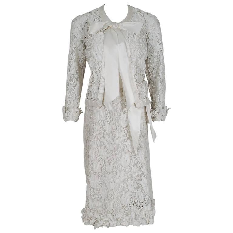 1966 Chanel Haute Couture White Tulip Novelty Lace & Satin Party Dress Ensemble