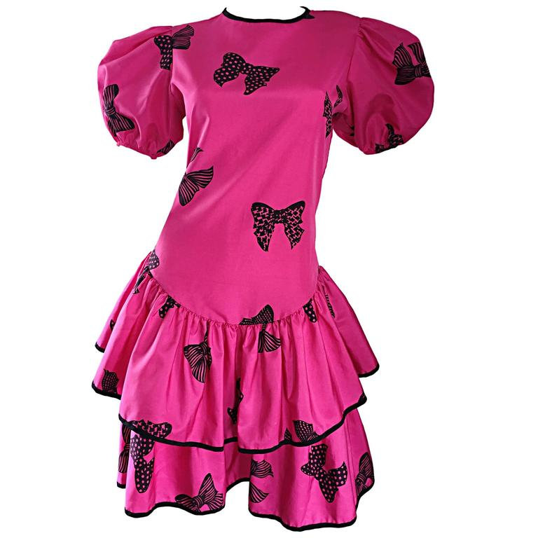 Rare 80s Betsey Johnson Punk Label Hot Pink + Black Bow Print Novelty Dress For Sale