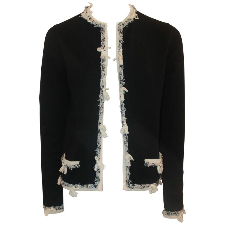 Chanel Black Cashmere Cardigan with Ivory Tweed Trim - 38 For Sale