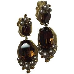 Glamorous 1950s TRIFARI Brushed Matte Goldtone Faux Topaz & Smoke Pearl Earrings