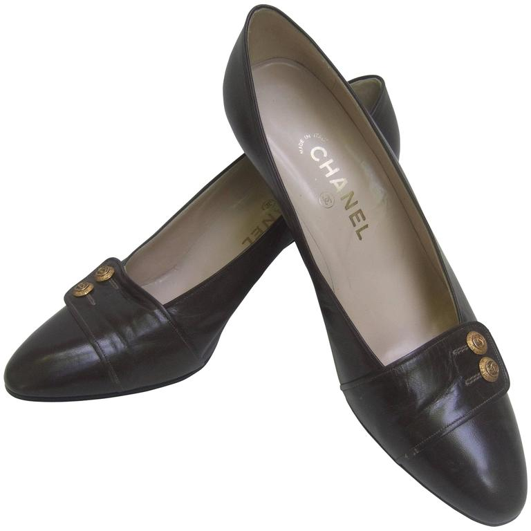 Chanel Classic Gray Brown Leather Pumps ca 1980s