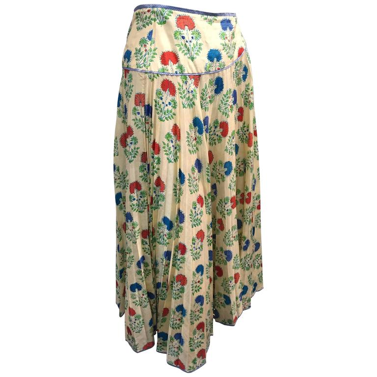 1970s Silk Block-Printed Pleated Indian Circle Skirt with Yolk