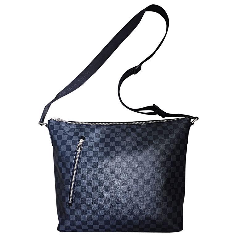 eb4674797 New Louis Vuitton