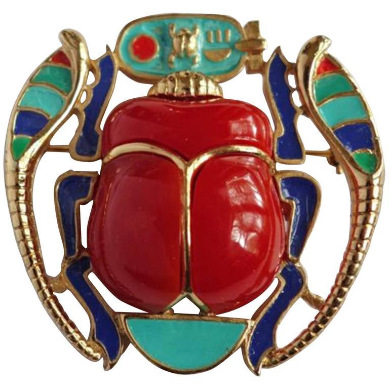 Egyptian Revival Enamel Scarab Hattie Carnegie Pendant Brooch Pin For Sale