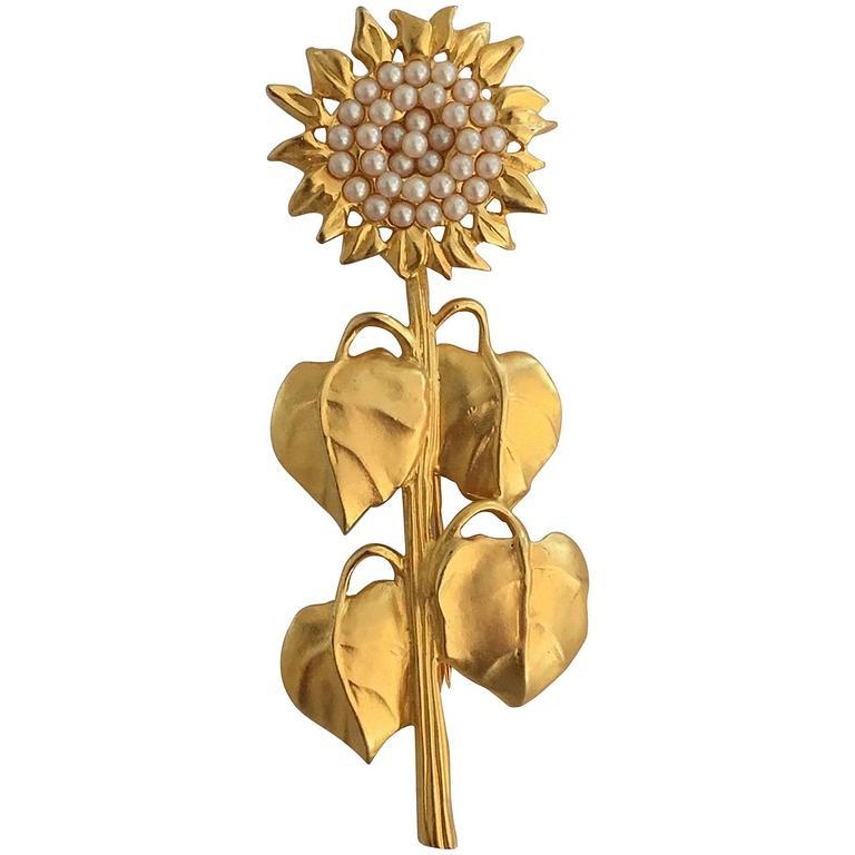 Rare Karl Lagerfeld Garden Series Matte Gold Sunflower Brooch Pin For Sale