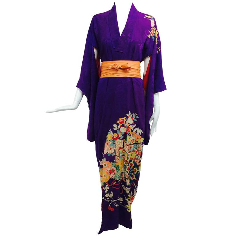 Pre WWII embroidered figured purple silk crepe floral Japanese kimono 1930s 1
