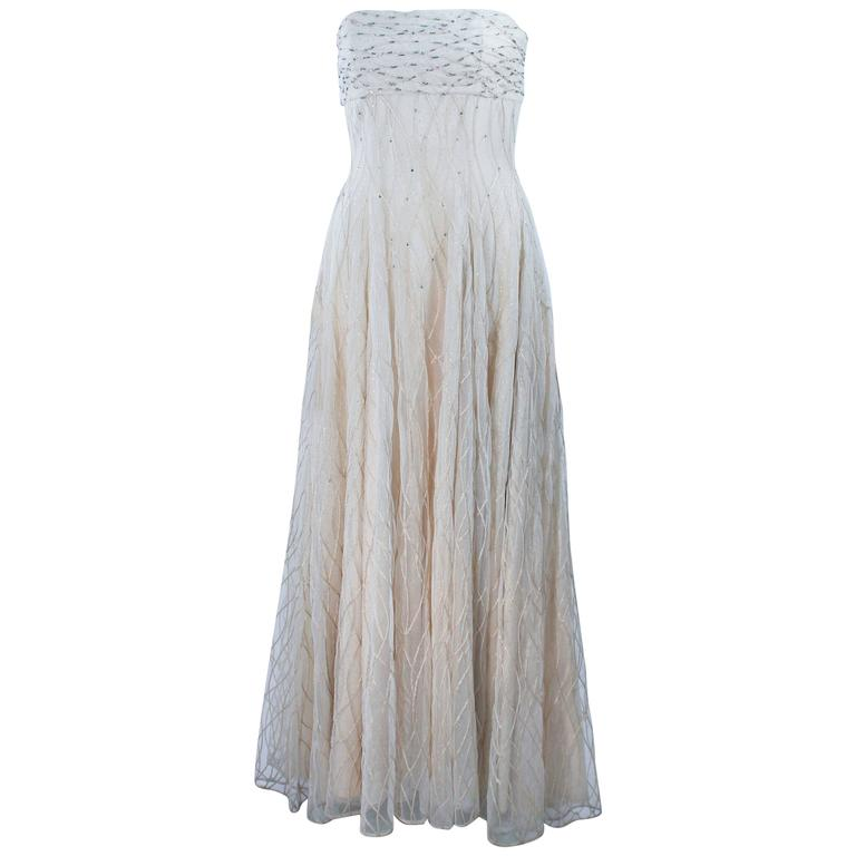VICTOR COSTA Off White Iridescent Strapless Beaded Gown Size 2 4 For Sale