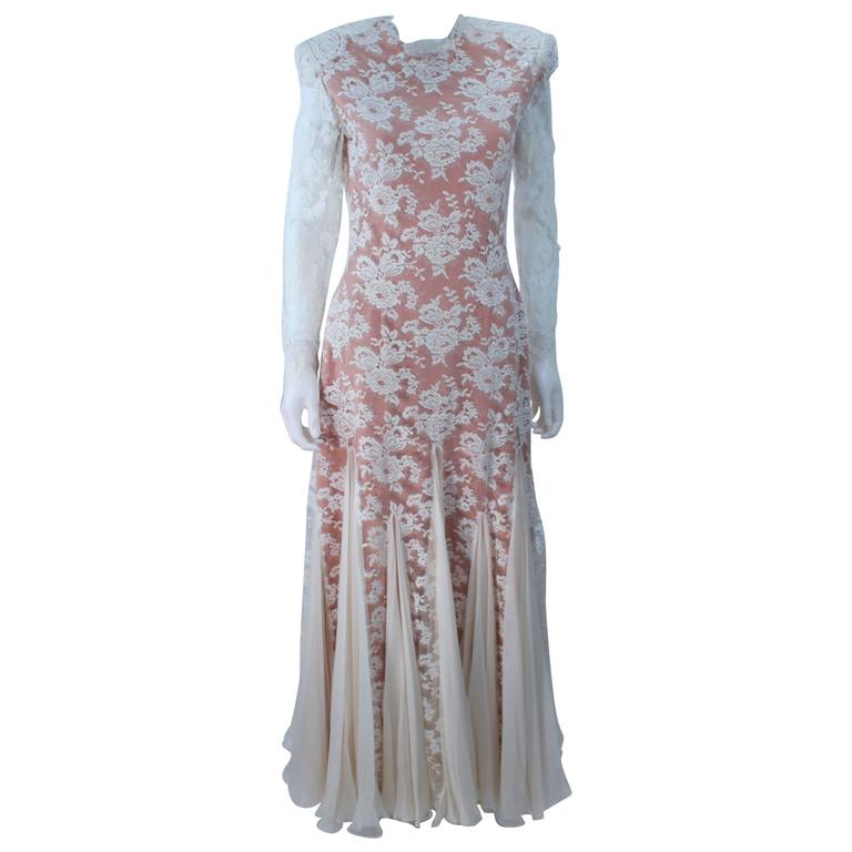 TRAVILLA Lace Gown with Nude Underlay Size 4 6